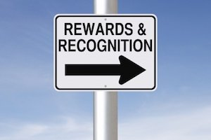 Recognition in the Workplace Ideas for Retail and Hourly Employees